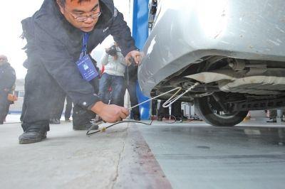标准更高联网监控 安徽阜阳机动车尾气检测更严格