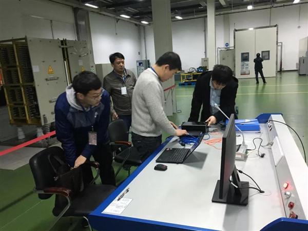 """重大仪器专项""""宽带大电流测量仪开发与应用""""项目开展实验"""