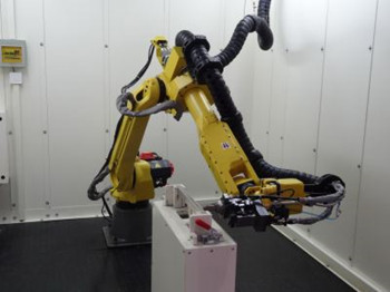 發那科帶資入住魔都 15億建機器人智能工廠搶佔中國市場