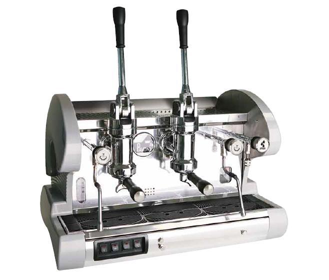 更换面板线路板,故障排除,但是仔细观察咖啡机工作过程,发现锅炉接