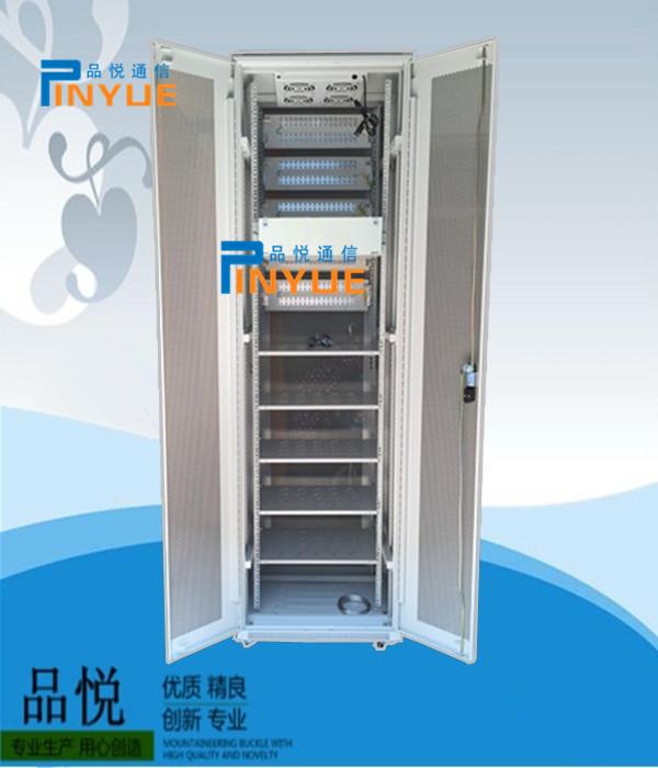 直流电阻分压箱 > 三网合一配线架,质量,价格,介绍   服务器机柜是