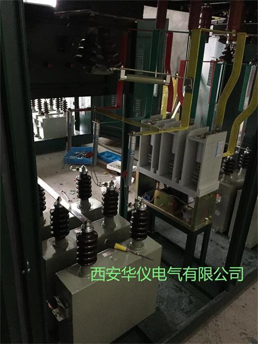 如果万一某组合电容器出现故障后,可切断本组电容器,不影响其他电容器