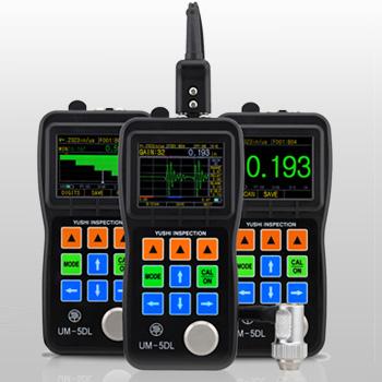 oled屏,对比度10000:1 工作原理: 使用双晶探头的超声波脉冲/回波法和