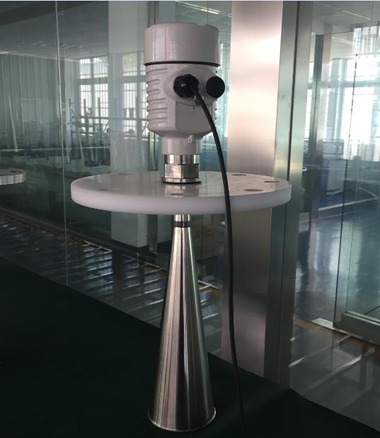 密度大粘稠介质射频导纳雷达液位计