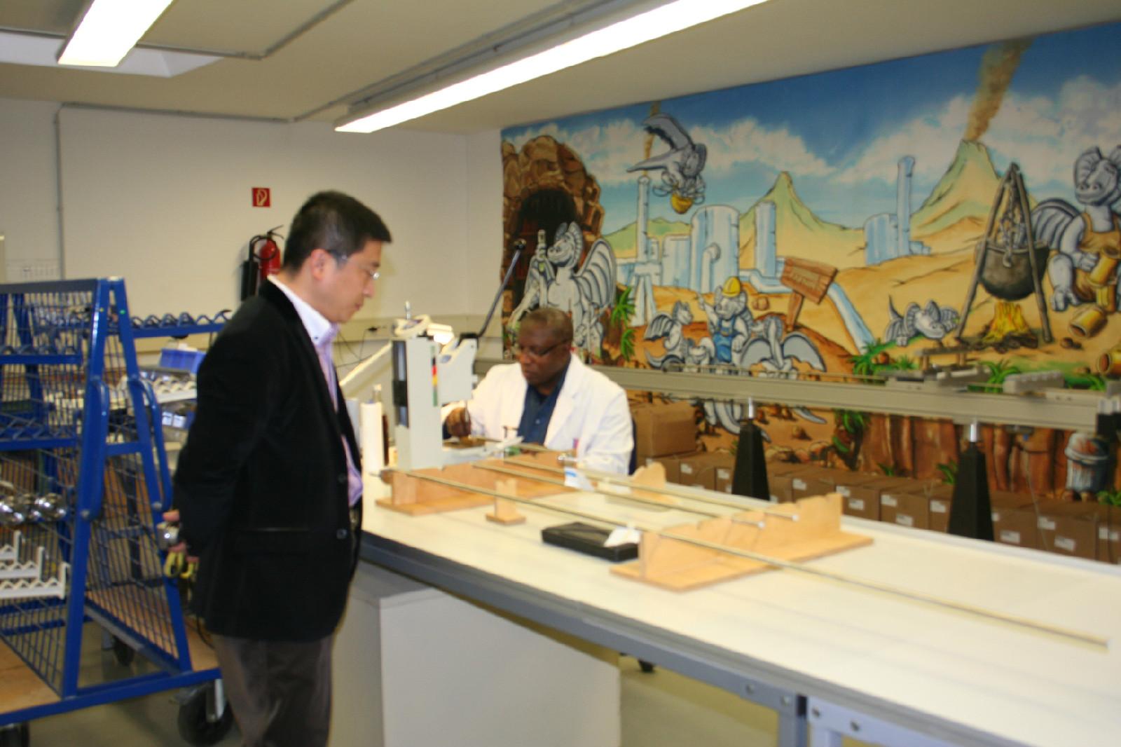 6. April, 2013, Mr. Frank Song was visiting FAFNIR's workshop.JPG