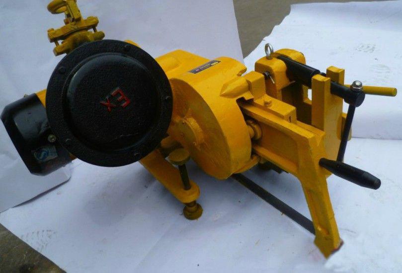 电动锯轨机2.jpg