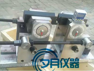 新标准钢筋正反向弯曲试验装置.jpg